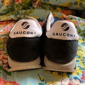 Saucony Shoes - Saucony Hornet sneakers